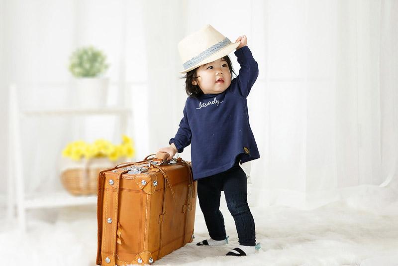 1歳誕生記念女児 鞄とハット